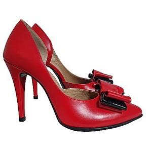 Pantofi stiletto rosii decupati