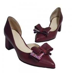Pantofi decupați vișinii cu fundiță