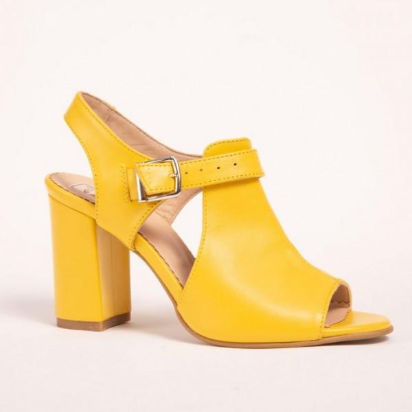 Sandale galbene cu toc