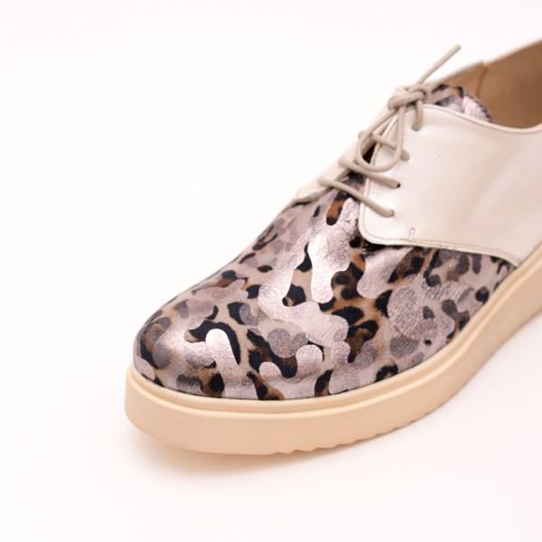 Pantofi Crem cu șiret
