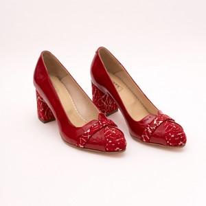 Tick heel red office shoe