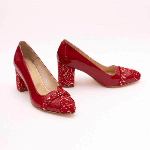 Pantofi rosii piele lac