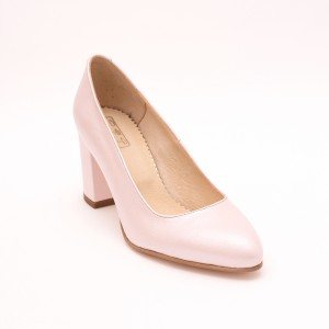 Pink shoes with thick heel
