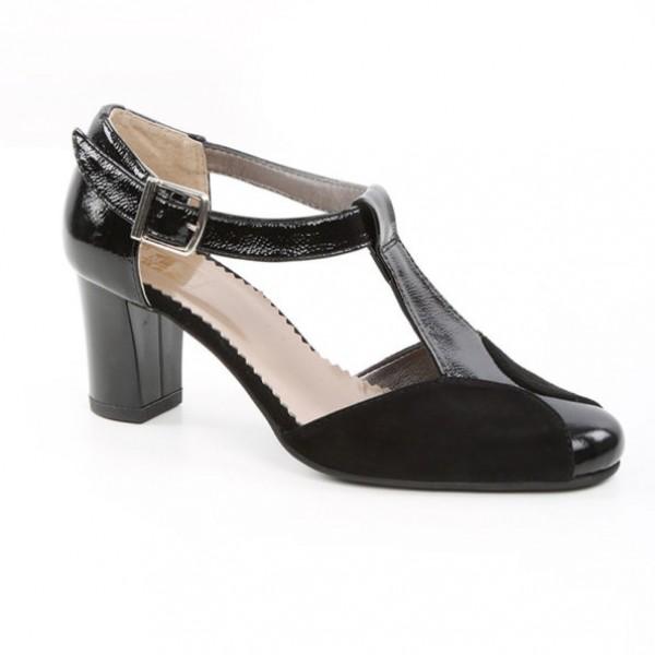Pantofi Negri Decupati