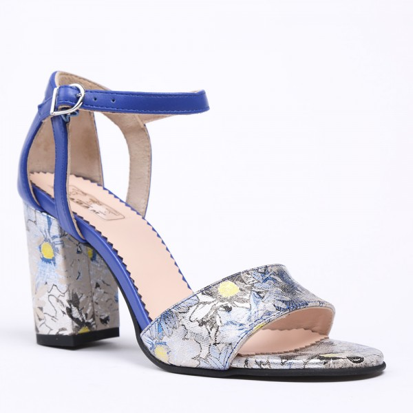 Blue sandals with high heel