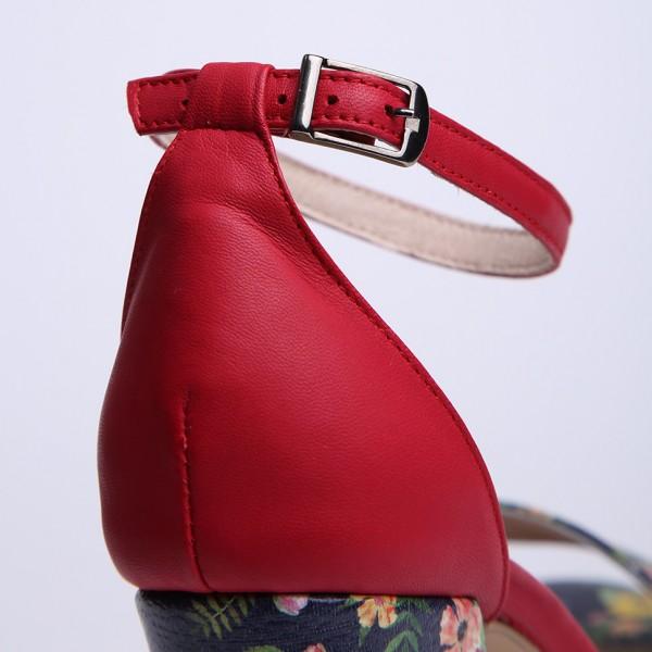 Sandale Rosii Inflorate cu toc gros mediu